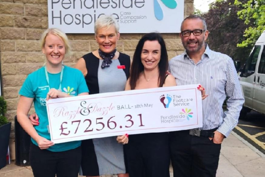 Razzle & Dazzle Ball 2019 raises THOUSANDS for Pendleside Hospice